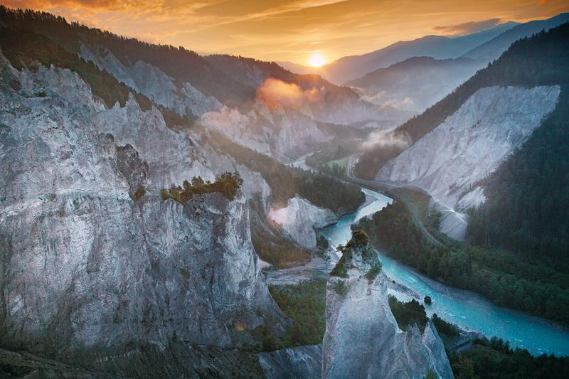Die Rheinschlucht im Sonnenuntergang