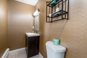 Bathroom of Guestroom at Oceanfront Hotel | Bordwalk Charlee Hotel