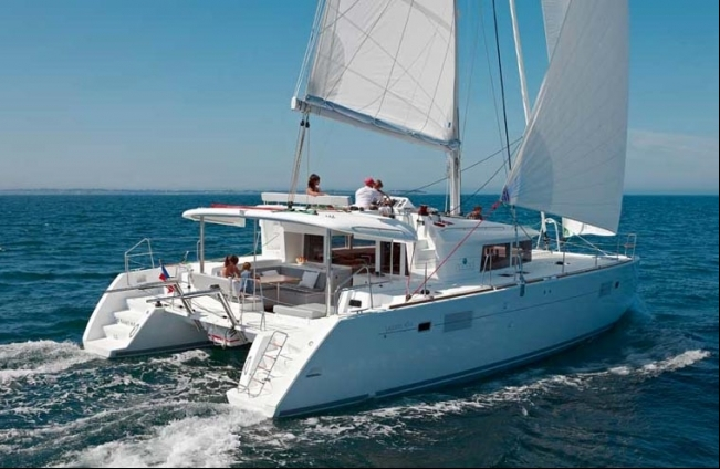 Crewed Catamarans A Great Alternative To Crewed Motor