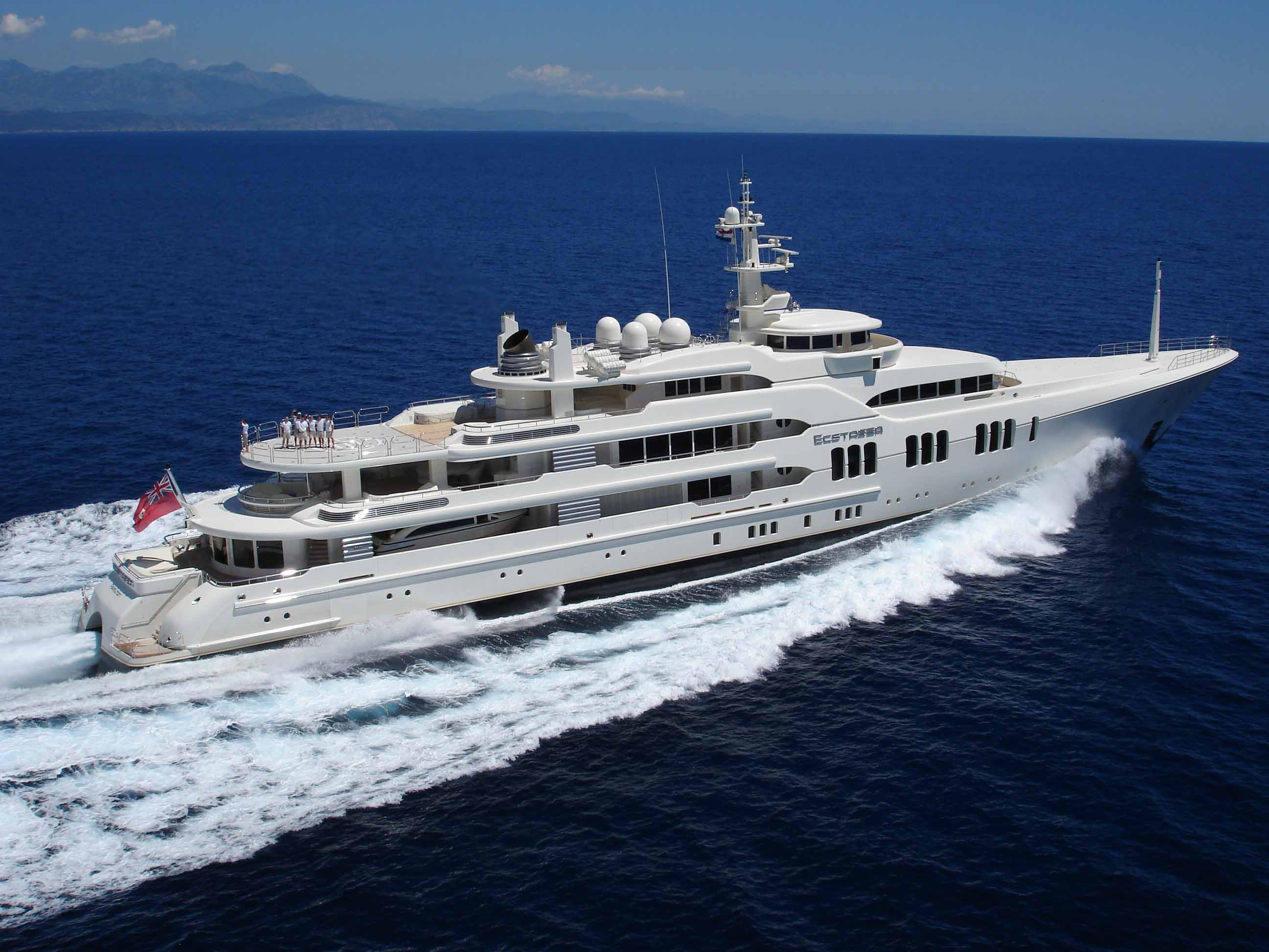 Top 10 Most Beautiful And Expensive Yachts In The World