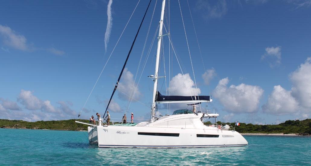 Luxury Catamaran JERI Privilege 615 Catamaran 4 Cabins