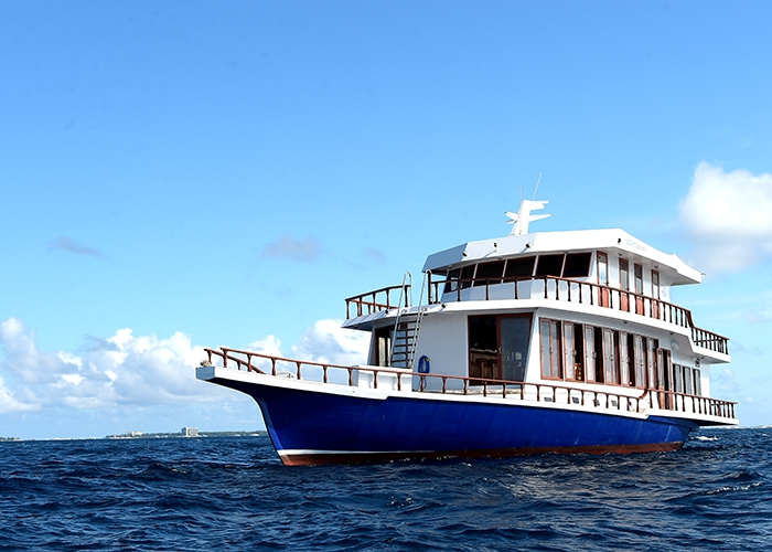 Crewed Motor Yacht MADIVARU 6 Cabins Maldives Indian