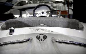 Tender to Tecnorib presenta il Pirelli j33 Azimut special edition