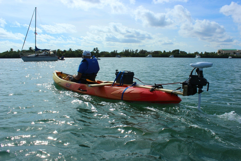 electric motor kayak craftsman garage door opener sensor wiring diagram 12v 55lbs transom mounted trolling with fob