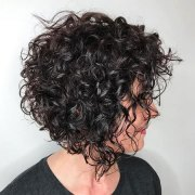 short bob hairstyles curly
