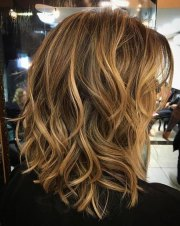 inverted wavy bob hairstyles