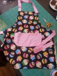 cupcake apron bobbins and buttons