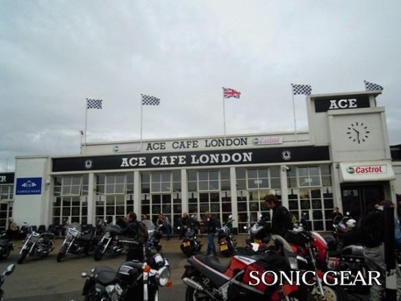 エースカフェ ロンドン