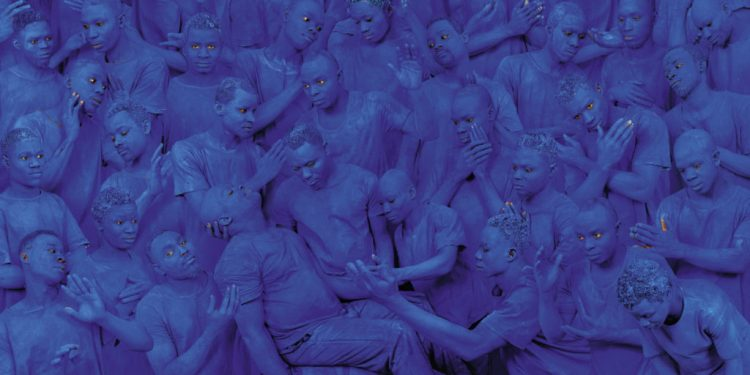 "Liu Bolin, ""Blue Europe"", 2015. Courtesy: Boxart, Verona"