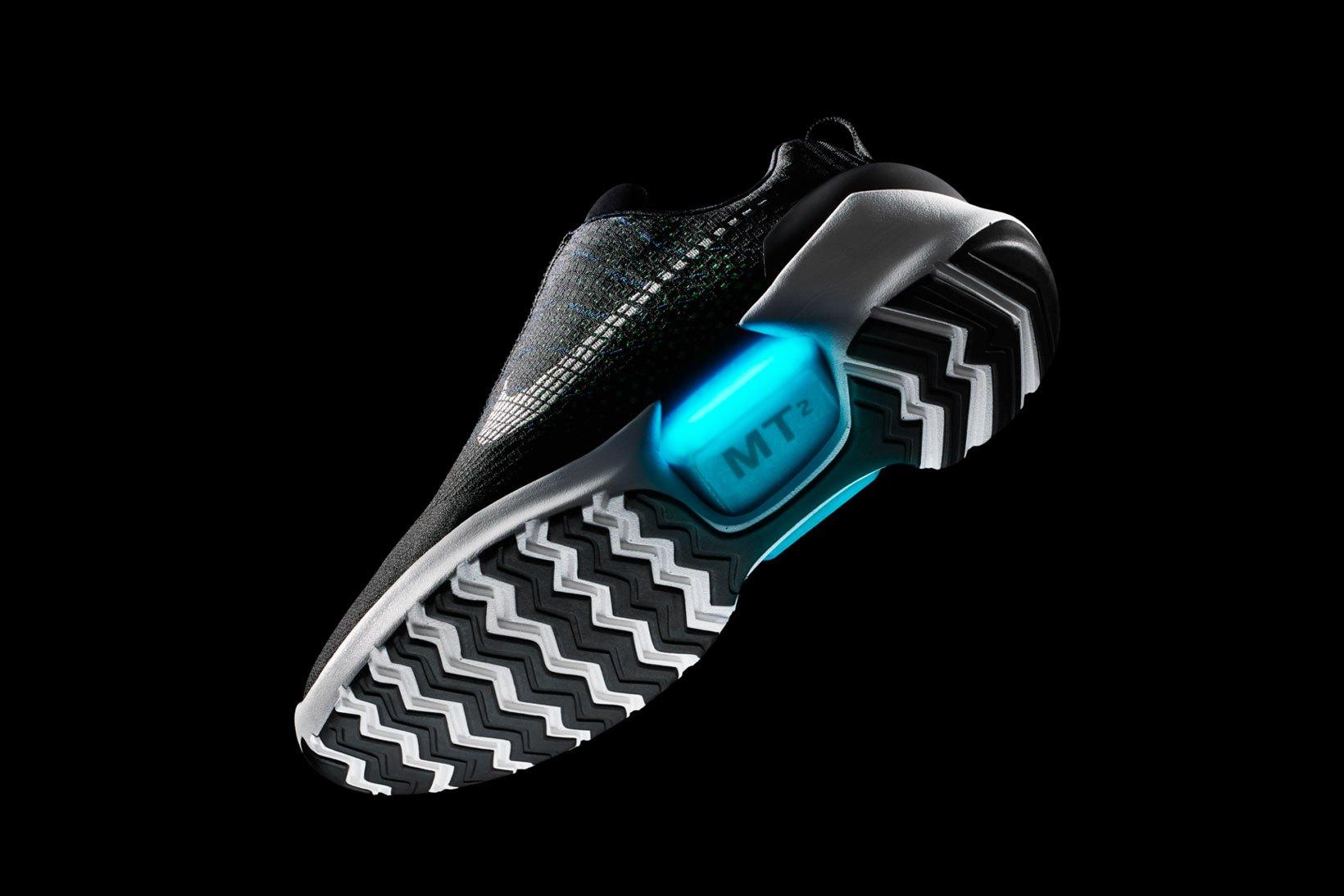 Nike annuncia l uscita delle HyperAdapt 1.0 - BoBos 04a3065250d
