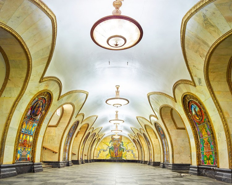 moscow-metro-stations-photos-russia-david-burdeny-8