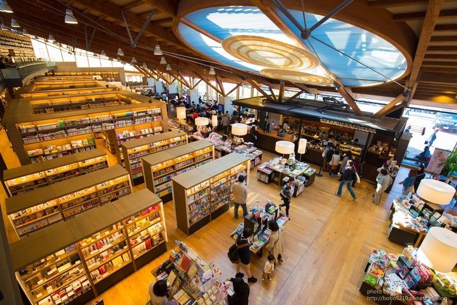佐賀|武雄圖書館。來個文青小旅行!瀰漫著咖啡香的日本最美圖書館。