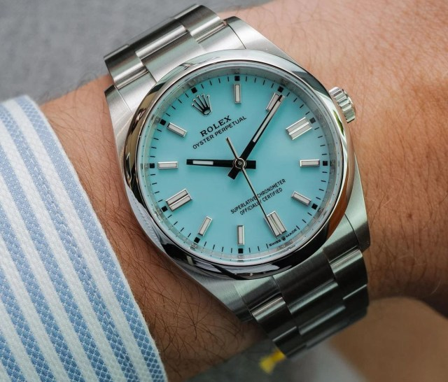 Rolex Oyster Perpetual 36mm 126000 Turquoise Blue Dial