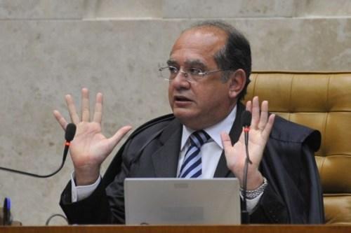 Gilmar Mendes defende investigar Dilma e TSE interrompe julgamento