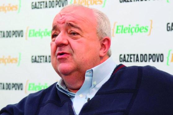 """Greca descarta aumentar impostos;  """"curitibano não suporta mais"""", diz"""