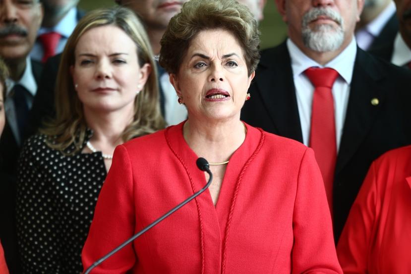WILT3042.JPG   BRASÍLIA DF BSB 31/08/2016 POLÍTICA / IMPEACHMENT  PRONUNCIAMENTO DILMA ROUSSEFF  - A ex-presidente Dilma Rousseff  faz pronunciamento no Palacio da Alvorada apos ter o mandato de presidente cassado  pelo Senado Federal   FOTO WILTON JUNIOR/ESTADAO