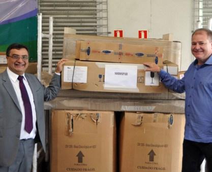 Michele Caputo Neto entrega mais 190 equipamentos para 38 hospitais do Paraná