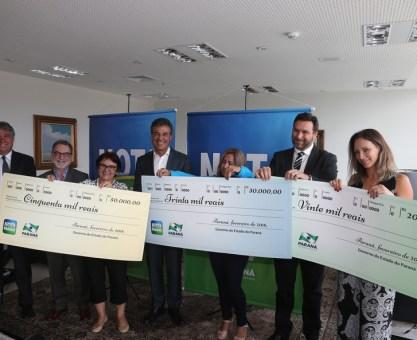 Nota Paraná entrega 100 mil reais em prêmios