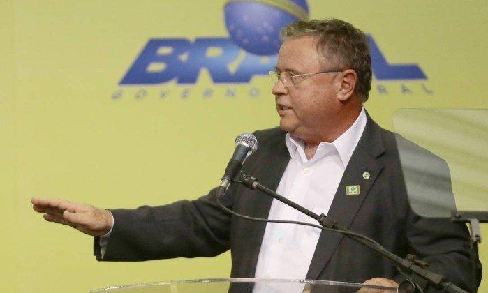 """Ministro da Agricultura diz que novas fases da Carne Fraca podem """"chacoalhar"""" Paraná"""