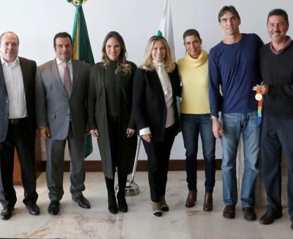 Cida confirma apoio ao time de vôlei de Curitiba