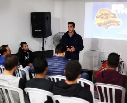 Marcello Richa debate políticas públicas no Tatuquara