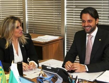 Cida e ministro das Cidades anuncia recursos para Curitiba e mais quatro cidades da RMC