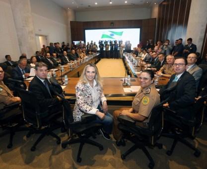 Cida reúne equipe de governo