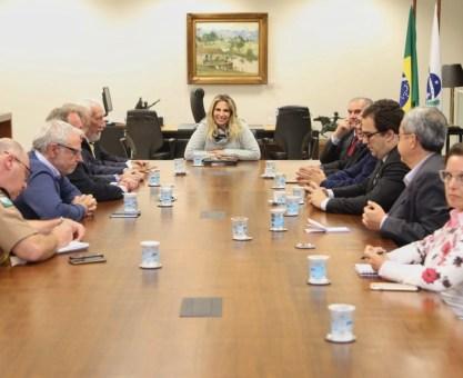 Cida reforça diálogo com setor produtivo