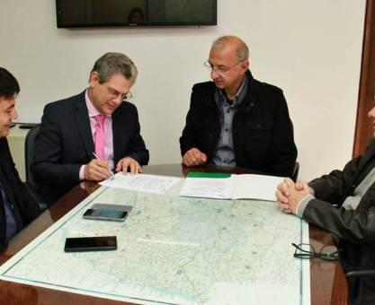 Araucária e Piraquara terão R$ 10 milhões para pavimentação