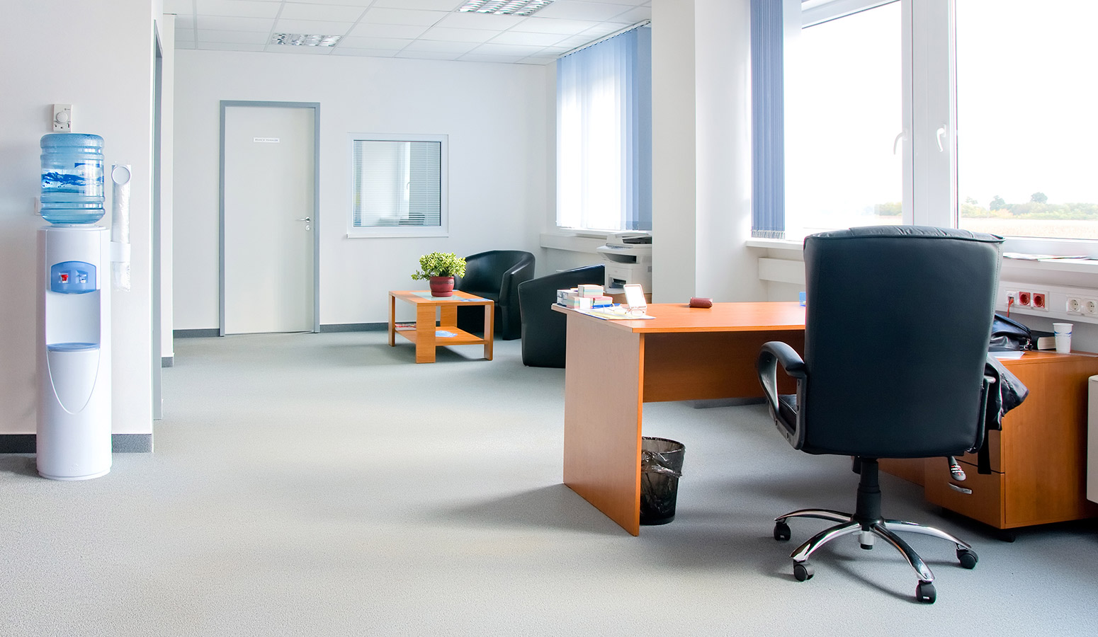 a clean office will