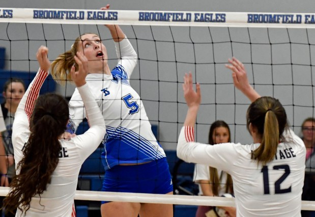 Broomfield's Hope Hanak-Harper (5) goes up ...