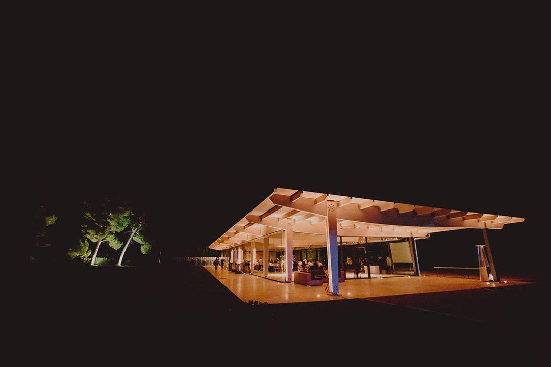 salón de boda por la noche www.bodasdecuento.com