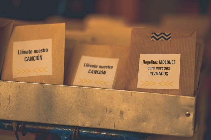 packaging detalle invitados boda industrial www.bodasdecuento.com