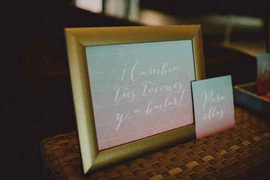 cambia tus tacones y a bailar www.bodasdecuento.com