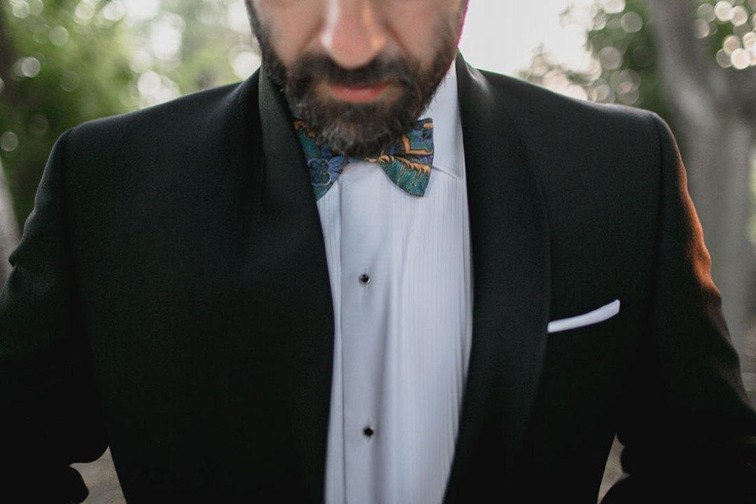 novio-con-pajarita-www.bodasdecuento.com