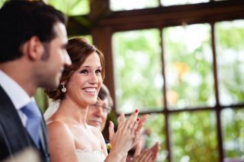 novios felices zaragoza www.bodasdecuento.com