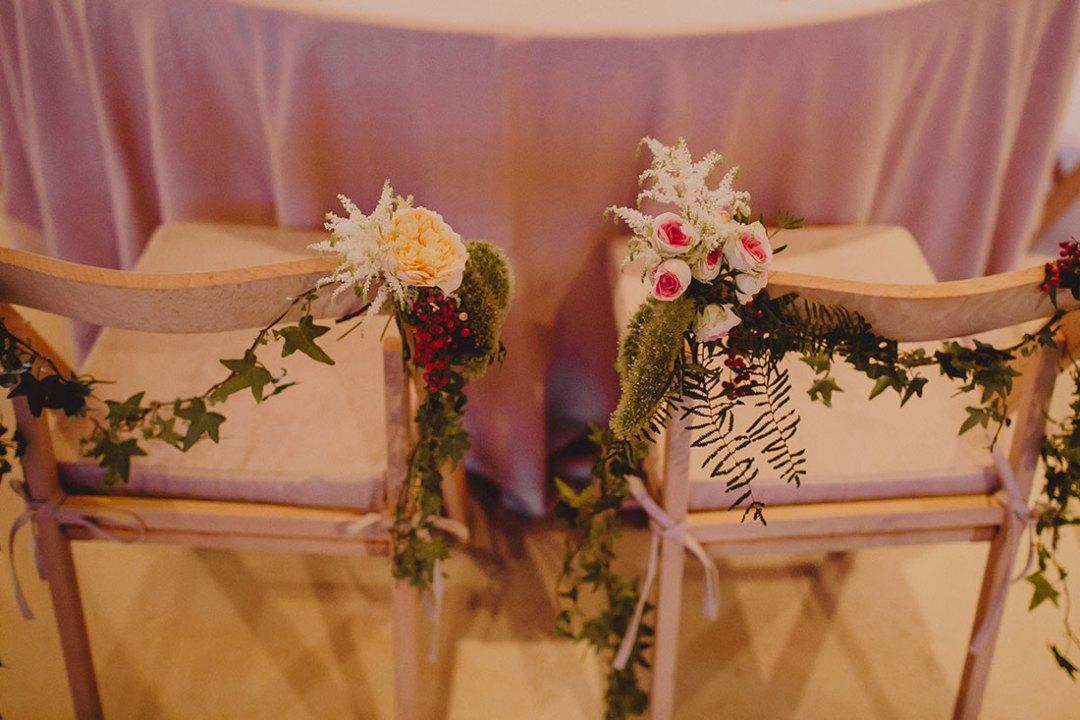 sillas de novios decoradas www.bodasdecuento.com