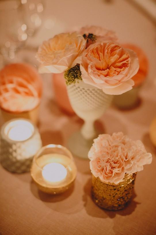 decoración boda con rosa austin y velas www.bodasdecuento.com