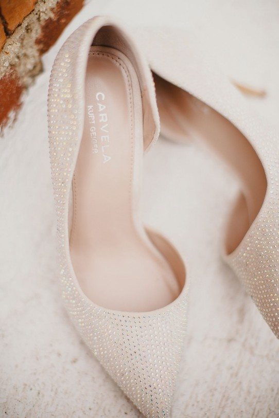 zapatos-de-novia www.bodasdecuento.com