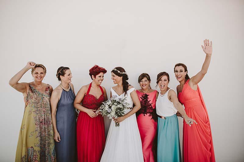 bridesmaids mediterranean wedding www.bodasdecuento.com