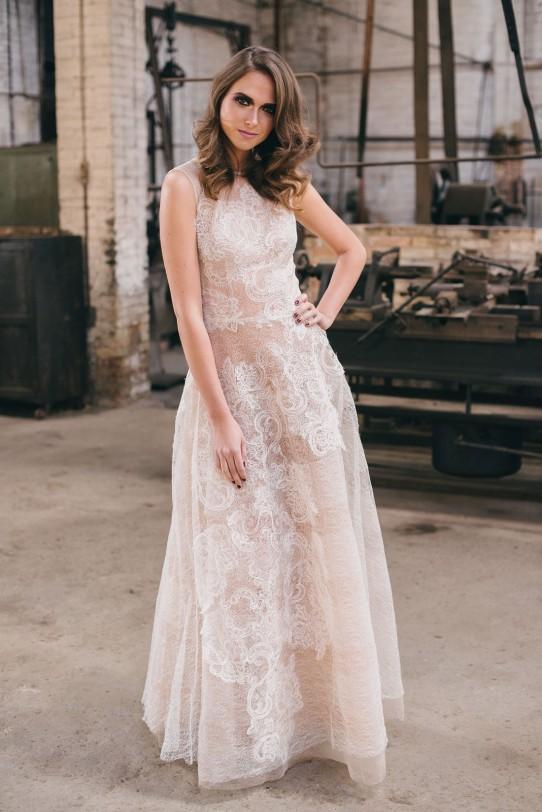 vestido de novia yolancris www.bodasdecuento.com