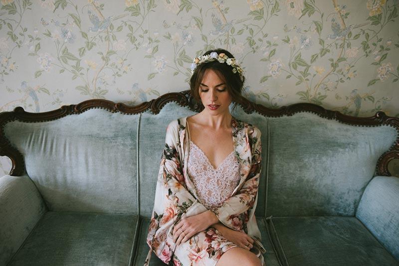 kimonos para novia www.bodasdecuento.com