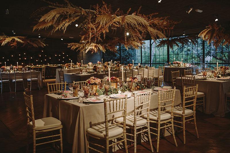 decoración salón masia ribas www.bodasdecuento.com