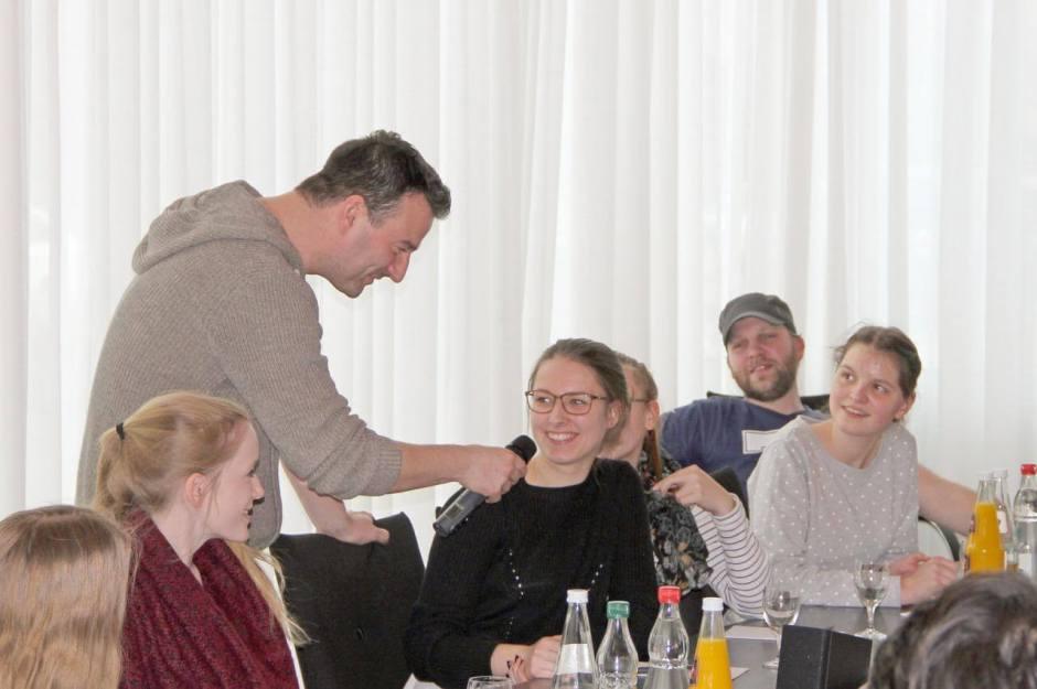 """""""Teilnehmerinnen und Teilnehmer des Workshops zum Safer Internet Day in der Landesvertretung Mecklenburg-Vorpommern beim Bund"""" Quelle: Landesvertretung M-V"""