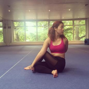 Bodhi Me Bikram Spinal Twist 30 Days' Challenge