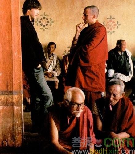 基帥與這位外國喇嘛談些甚麼呢!?