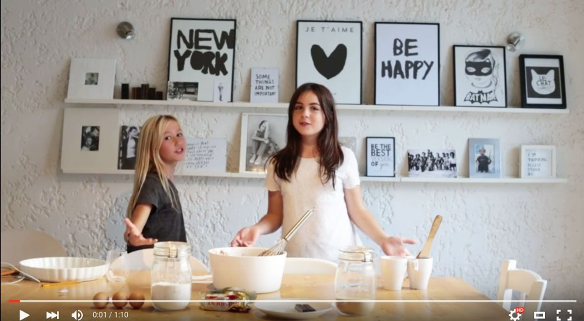 Easy, peasy chocolate brownie by Lily & Mila. Watch the video https://www.youtube.com/watch?v=GDB75X7B_VI&feature=youtu.be