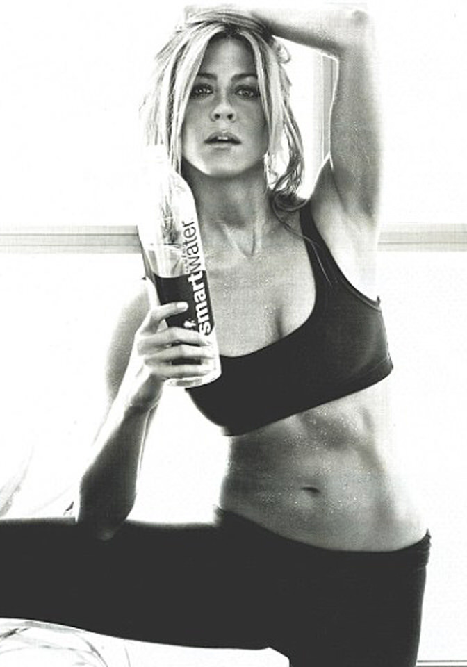 Helpful tips to find enough motivation to work out. Read on www.karinecandicekong.com
