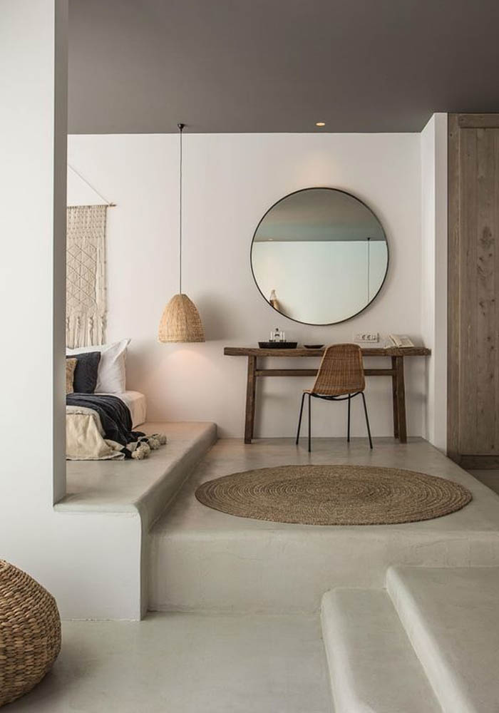 15 of the best oversized mirrors for Casa miroir rond