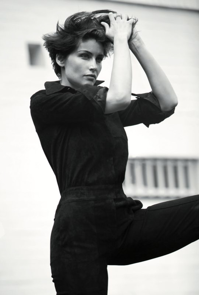 10 Ways To Rock Short Hair Like French Women Laetitia Casta Bodie And Fou Studio Take your fave short hair photo to your stylist. 10 ways to rock short hair like french